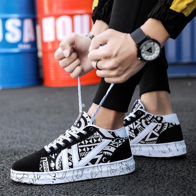 2019新款男鞋子韩版潮流秋季帆布鞋休闲男士板鞋大码布鞋潮鞋