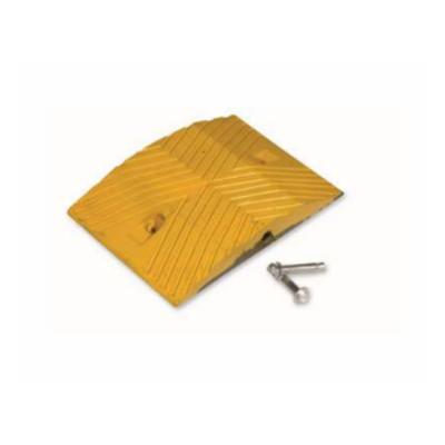 夜牌 Yepai 反光橡胶减速垫-黄,25cmx35cmx5cm