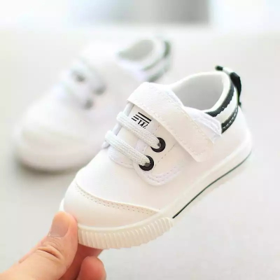 春秋寶寶鞋子男嬰兒學步鞋軟底防滑小白鞋運動休閑鞋女 莎丞