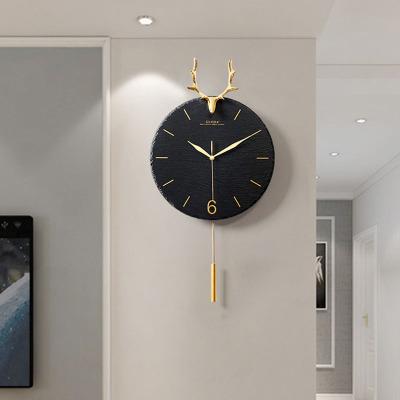 北歐鹿頭掛鐘客廳家用創意大氣現代簡約鐘表個性時尚掛墻掛表時鐘