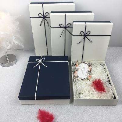 生日禮盒包裝盒創意精美韓版簡約小清新禮品盒子圍巾衣服鞋盒 藍蓋白底+禮袋 中號(30*23*6cm)