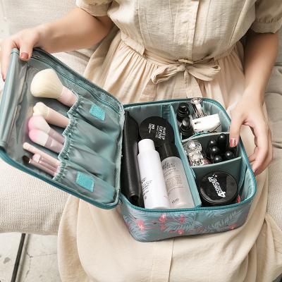 化妆包女便携旅行收纳包大容量化妆品收纳盒ins风超火小号洗漱袋 hcx
