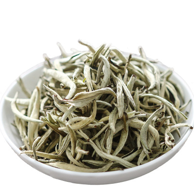 新茶 特級2020年春茶云南普洱茶白豪銀針茶葉月光美人散裝古樹茶銀針 大白芽250g