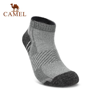 CAMEL駱駝戶外運動襪 2019新款男款徒步舒適透氣運動短筒襪
