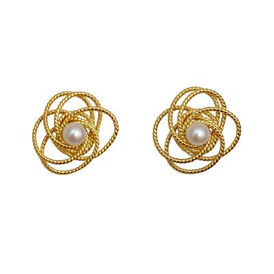 花語詩月橋·溫莎往事 高級感天然珍珠耳釘女復古大花朵耳環2020年新款潮