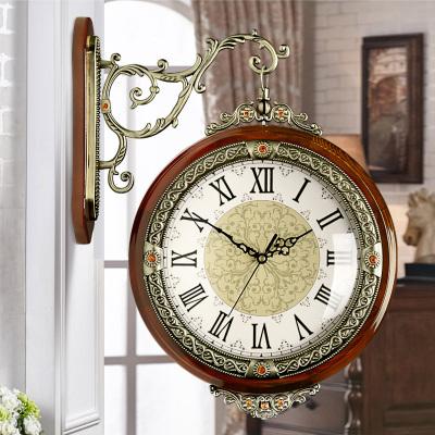 漢時(Hense)掛鐘歐式創意時尚雙面鐘現代大號客廳靜音鐘表木質仿古兩面石英鐘表HDS05