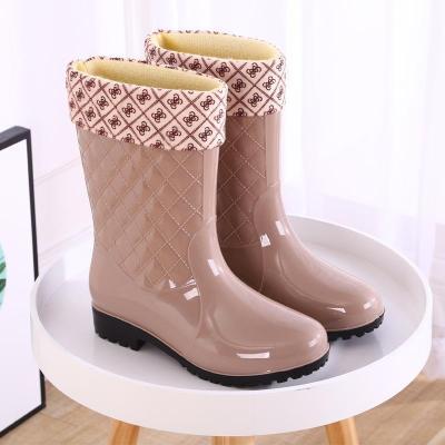 時尚雨鞋女士中筒保暖雨靴防滑女式水鞋高筒膠鞋成人加棉水靴套鞋 莎丞