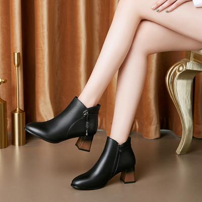策霸2019新款粗跟马丁靴女鞋 女鞋头层牛皮中年女士皮鞋保暖真皮短靴