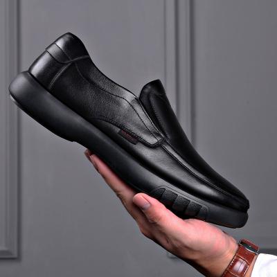 策霸2020新款男士休闲大码皮鞋新款加绒保暖棉鞋中老年爸爸鞋头层牛皮